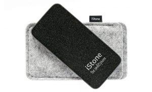 Kolumne: NoPhone – Stone Phone – Schoko-Phone
